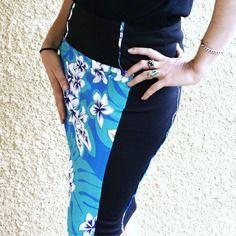 Jupe pour femme bleu turquoise et noire, imprimé polynésien, courte et près du corps