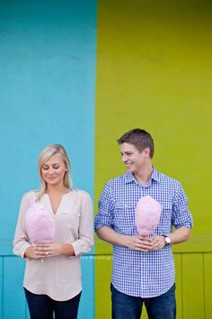 01 Austin Cotton Candy Engagement Session Photos - Texas Wedding Photographer - Ivy Weddings