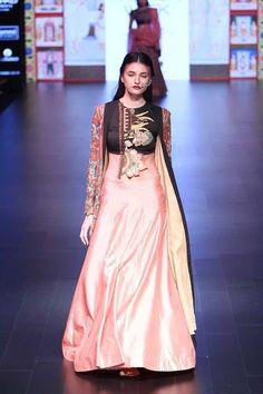 Myra Magazine • Divya Sheth   Lakmé Fashion Week A/W 2016 • http://www.myramagazine.com/home/2016/9/10/divya-sheth-lakm-fashion-week-aw-2016