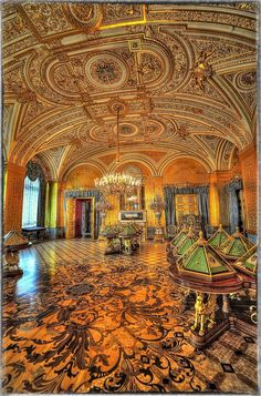 Golden Lounge Winter Palace by Lappeen Ranta Islamic Architecture, Beautiful Architecture, Beautiful Buildings, Beautiful Landscapes, Beautiful Places, Russia Winter, Baltic Cruise, Palace Interior, Winter Palace