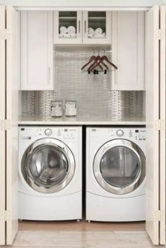 Need to organize your small laundry space? Here are 15 of our best laundry closet organization ideas! Need to organize your small laundry space? Here are 15 of the best laundry closet organization ideas to make life easier! Laundry Closet Organization, Laundry Room Storage, Laundry Room Design, Organization Ideas, Storage Ideas, Diy Storage, Storage Shelves, Storage Solutions, Small Laundry Closet