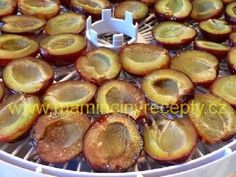 Sušené švestky Dried Fruit, Pretzel Bites, Muffin, Bread, Cooking, Breakfast, Food, Leather Craft, Kitchen