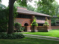 Heurtley House - Frank Lloyd Wright