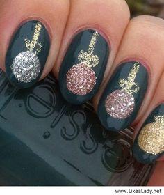 Gorgeous christmas nails ideas 126