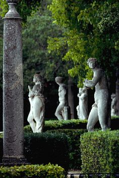 Statues in Garden of Vizcaya Museum