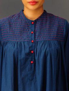 Crochet Clothes For Women Blouses Summer Tops 41 New Ideas Neckline Designs, Kurti Neck Designs, Dress Neck Designs, Blouse Designs, Frock Fashion, Fashion Sewing, Women's Fashion, Simple Kurta Designs, Simple Pakistani Dresses