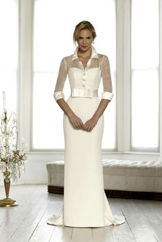 Wedding seperates, veils, jackets and belts to accentuate a wedding dress. Discover wedding dress accessories that will harmonise with your bridal gown. 2015 Wedding Dresses, Elegant Wedding Dress, Bridal Dresses, Wedding Gowns, Bridesmaid Dresses, Wedding Blog, Wedding 2015, Wedding Robe, Bridal 2015