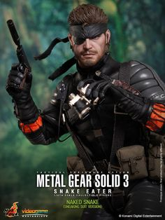 Naked snake crouch position