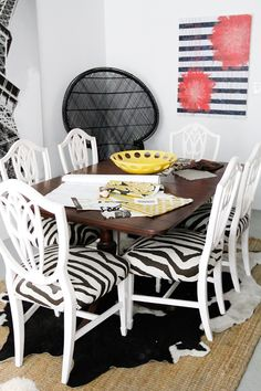 Erin Gates of Elements of Style - office tour via Nickles Nickles Valk Chuah Everygirl Zebra Chair, Peacock Chair, Erin Gates, Interior And Exterior, Interior Design, White Dining Chairs, Beautiful Dining Rooms, Elements Of Style, Cool Chairs