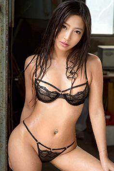 Mizuki Miri / 水稀みり