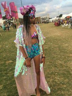 New music festival outfit shorts coachella ideas Music Festival Outfits, Coachella Festival, Rave Festival, Festival Wear, Festival Fashion, Boomtown Festival Outfits, Festival Girls, Festival Trends, Festival Mode