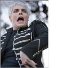 Funniest Face of Gerard Way | gerard way one of his many funny faces photo ilovegerard4eva's photos ...