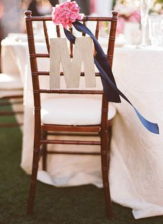 Live like royalty with a dash of navy blue. – Pink Wedding Palette Inspiration