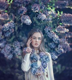 Hydrangea love Anna, Flowers For You, Hydrangea, Fantasy Art, Digital Paintings, Crown, Dark, Fairy Art, Flowers