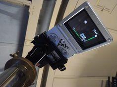 Fotografía Júpiter y tres de sus lunas con una consola Game Boy y un telescopio - https://www.vexsoluciones.com/noticias/fotografia-jupiter-y-tres-de-sus-lunas-con-una-consola-game-boy-y-un-telescopio/