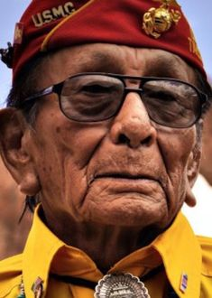 One of the last Navajo code talkers has died RIP elder; Apache Native American, Native American Quotes, Native American History, British History, American Veterans, American Soldiers, American Code, Code Talker, Native American Spirituality
