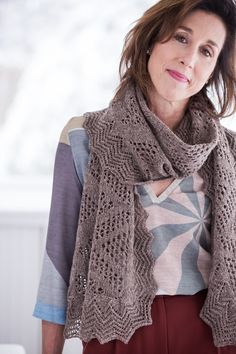 Earn an advanced degree in lace with this stunning stole from Leila Raabe, a long-time contributor to Wool People and Brooklyn Tweed collections who's given us favorites like Stasis (Spring Thaw) and Bough (Wool People Brooklyn Tweed, How To Purl Knit, Cowl Scarf, Knitting Patterns Free, Knitting Ideas, Free Knitting, Crochet Patterns, Knitted Shawls, Knitted Scarves