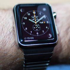 350 euros en 2015 pour apple watch montre personnalisable et bracelet de transmission de données : cardio...