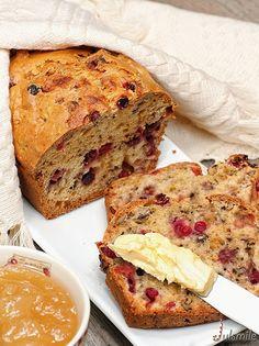 Клюквенный хлеб