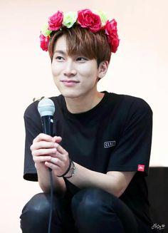 BTOB 비투비 Eunkwang - that smile.....................