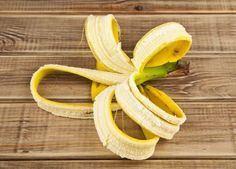 You will never throw away the banana peel after reading this Bananas are one of the most popular tropical fruit. Containing three natural sugars – sucrose, fructose and glucose, concomitant with fiber. They give instant nourishing amount of energy – research has shown that just two bananas provide enough energy for a strenuous 90-minute operation....