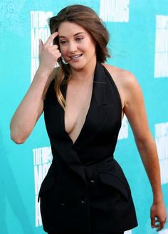 50 Best Shailene Woodley Wallpapers and Pics 2017