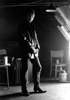 1962 - John Lennon (photo by Astrid Kirchherr).