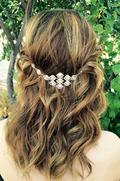 Hey, I found this really awesome Etsy listing at https://www.etsy.com/listing/468141674/bridal-hair-jewelry-silver-hair-chain