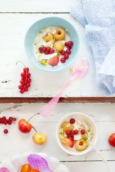 A Summer Lunch For Two {Red Plum, Currant, and Almond Crumble} :: Cannelle et Vanille