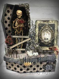 13 Projects for Halloween RIP Rosalie Halloween Diorama, Halloween Shadow Box, Halloween Miniatures, Halloween Prints, Halloween Projects, Halloween Art, Vintage Halloween, Happy Halloween, Chic Halloween