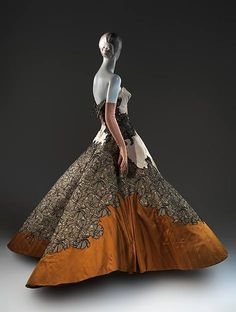 "1953 Charles James ""Four Leaf Clover"" evening dress?! (via The Metropolitan Museum of Art) www.metmuseum.org/"