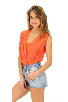 Hanita - Camicie - Abbigliamento - Camicia a body con drappeggio sulla scollatura ad incrocio.La nostra modella indossa la taglia /EU S. - ARANCIO - € 98.00