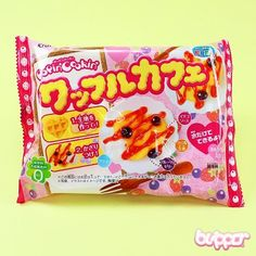 Popin Cookin sets are a fun and interesting way to make your own sweets. This is a Do-It-Yourself set for making your own waffles from delicious edible candy material. By mixing water and the included ingredients you can stir, mould and knead this kit into a set of candy waffles. Decorate the waffles with