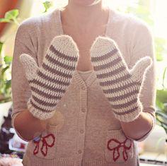 Crochet PATTERN for mittens (pdf
