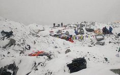 Nepal earthquake: 17 bodies at Mt Everest base camp, helicopter rescues begin .. http://www.emirates247.com/news/nepal-earthquake-17-bodies-at-mt-everest-base-camp-helicopter-rescues-begin-2015-04-26-1.588583