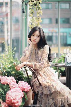 15 Best Ideas For Fashion Korean Dress Ulzzang Korean Fashion Trends, Asian Fashion, Trendy Fashion, Fashion Models, Girl Fashion, Fashion Dresses, Classy Fashion, Fashion Shorts, Feminine Fashion