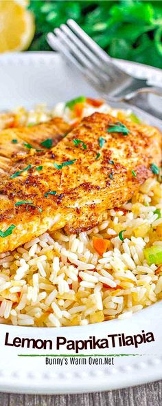 You're going to love the bright fresh flavor of this amazing Tilapia recipe! Best Seafood Recipes, Fish Recipes, Healthy Dinner Recipes, Vegetarian Recipes, Cooking Recipes, Healthy Tilapia Recipes, Cooking Tips, Rice Side Dishes, Fish Dishes