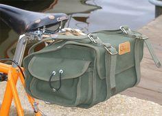 Estilo e facilidade até quando a carregar muita coisa na bicicleta. - Velo Orange Ostrich Saddle Bag