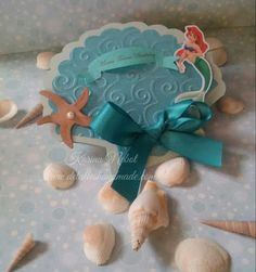 Invitacion de la sirenita Ariel en forma de concha. Under the sea/ Mermaid Invitation