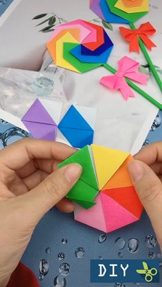 Diy Crafts Hacks, Diy Crafts For Gifts, Creative Crafts, Handmade Crafts, Paper Crafts Origami, Paper Crafts For Kids, Preschool Crafts, Origami Cards, Diy Birthday Decorations