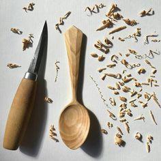 "1,704 Likes, 18 Comments - Morakniv (@morakniv) on Instagram: ""What have you been up to today? @woodmungler  #Morakniv #woodcarving #woodwork #sloyd #diy…"""
