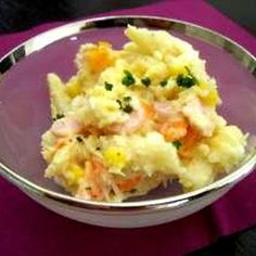 Delicious food from a western restaurant! Potato Salad Recipe by kayokayo 59 Gourmet Recipes, My Recipes, Salad Recipes, Cooking Recipes, Cook Pad, Cafe Food, Vegetable Salad, Asian, Potato Dishes