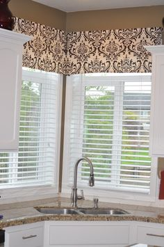 starter home to dream home the 10 30 minute valance corner window