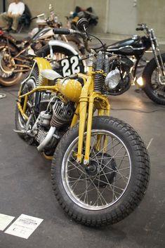 Harley-Davidson WL750 | Morris magneto | Wide aftermarket handlebars | via RadJalopy.blogpspot.com