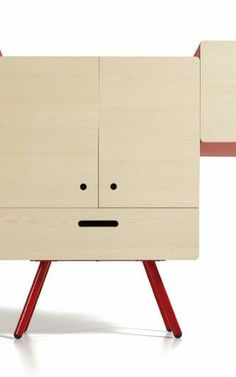 ROBERTO GIACOMUCCI'S FURNITURE: The Fichetto looks something like a pixel-art character out of a Kirby game. Or a Neopets' Kookith~