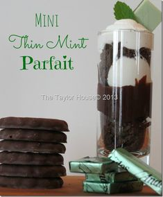Delicious and Simple Chocolate Mint Parfait recipe using mint cookies, fudge and more. The perfect St. Mini Desserts, Just Desserts, Delicious Desserts, Mint Chocolate, Chocolate Desserts, Cupcake Recipes, Dessert Recipes, Gourmet Cupcakes, Yummy Treats