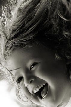 Raise your children in joy and laughter! Precious Children, Beautiful Children, Beautiful Babies, Happy Children, Happy Smile, Smile Face, Make You Smile, Happy Faces, Girl Smile