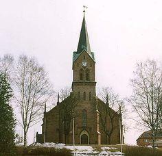 Sarpsborg Church, Sarpsborg, Norway Church Interior, Interior And Exterior, Wonderful Places, Beautiful Places, Modern Church, Church Architecture, Travel Memories, Scandinavian Style, Barns