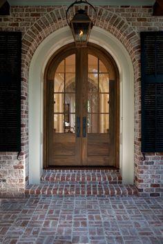 Simple 3/4 lite arched door