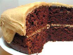 Sourdough takes the (chocolate) cake Sourdough Recipes, Sourdough Bread, Bread Recipes, Cake Recipes, Dark Chocolate Cakes, Chocolate Desserts, Good Food, Yummy Food, King Arthur Flour
